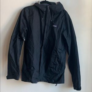 Patagonia black rain wind jacket